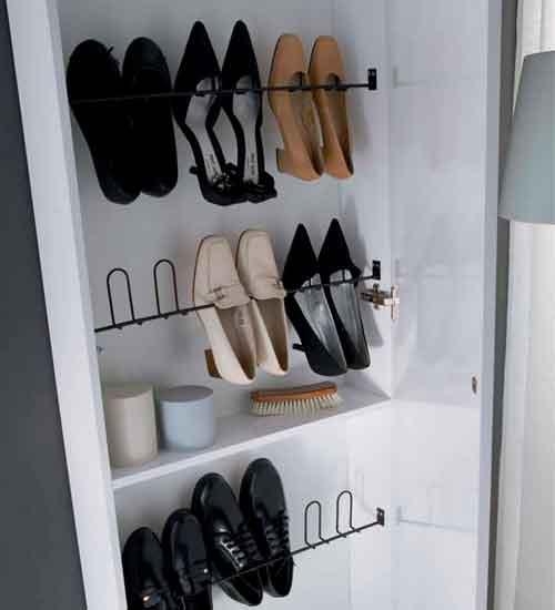 Zapatero blanco lacado ideal para ahorrar especio en tu hogar for Zapateros colgados pared