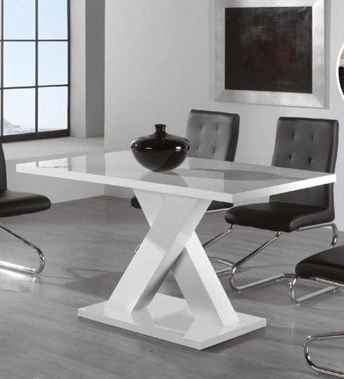 Mesa comedor acab perfecta para decoraciones con - Decoracion mesa comedor ...